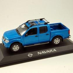 Nissan Navara - Norev - au 1/43 en boite
