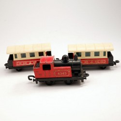 Lot d'une Locomotive et de 2 Wagons Passagers - Matchbox - 6 cm