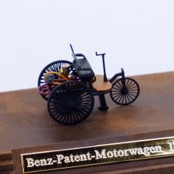 Benz Patent Motorwagon de 1886 - Busch - 1/87 ème En boite