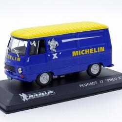 """Peugeot J7 """"Pneu X Michelin"""" - au 1/43 en boite"""
