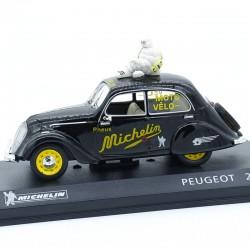"""Peugeot 202 """"Michelin"""" - 1/43 ème En Blister"""