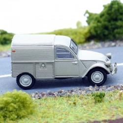 Citroen 2cv Camionnette - Universal Hobbies - 1/87 ème en boite