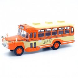 Bus Isuzu BXD-30 - 1/43 ème En boite