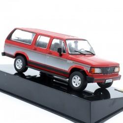 Chevrolet Veraneio Custom 1993 - 1/43eme en boite