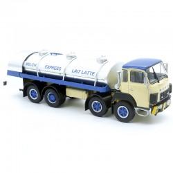 Camion Sauber Citerne Lait - Ixo - 1/43ème en boite