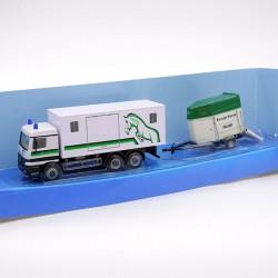 Camion de Police avec Remorque pour Chevaux - Cararama - 1/87ème En boite