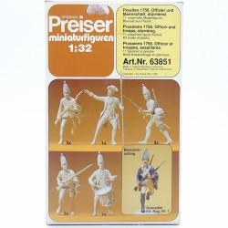 Preiser 63851 - Prussiens 1756 Officier et troupes, Assaillants - 1/32ème