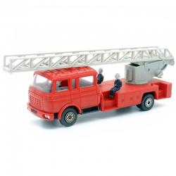 Camion de Pompier Berliet GBK 18 - Echelle Magirus DL 30 H - Norev - 1/43ème En boite
