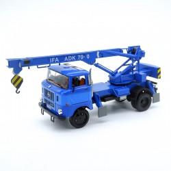 Camion IFA Grue - Ixo - 1/43ème en boite