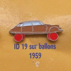 Pin's Citroen ID 19 sur Ballons 1959