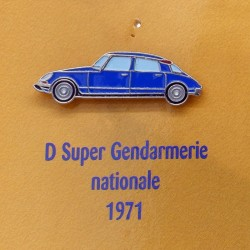 Pin's Citroen D Super Gendarmerie Nationale 1971