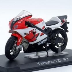 Yamaha YZF R7 - 1/24ème en...
