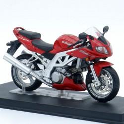 Suzuki SV1000S - 1/24ème en...