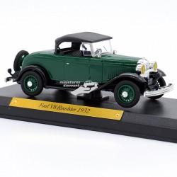 Ford V8 Roadster 1932 -...