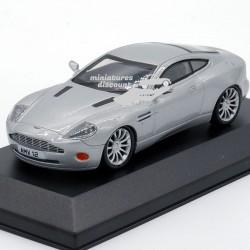 Aston Martin V12 - 1/43ème...