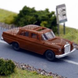 Mercedes 190 - Brekina -...