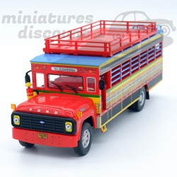Bus Ford F600 Chiva -...