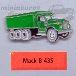 Pin's Mack B 43S