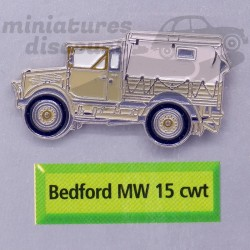 Pin's Camion Bedford MW 15 cwt