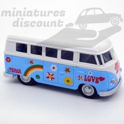 """Volkswagen Combi """" Happy """"..."""