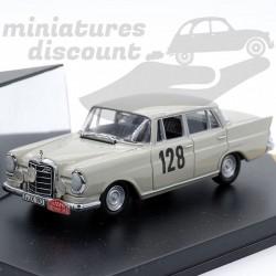 Mercedes 220SE - Rallye...