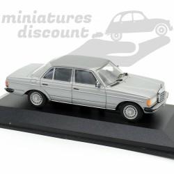 Mercedes Benz 280E -...