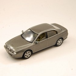 Alfa Romeo 166 1999 - Solido - 1/43ème