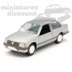 Opel Corsa SR (grise) -...