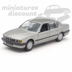 BMW 735i - Gama - 1/43ème...