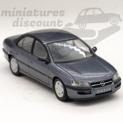 Opel Omega-B Limousine -...