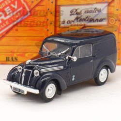 Renault Juvaquatre...