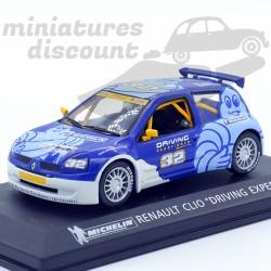 "Renault clio ""Driving..."