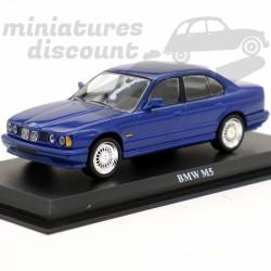 BMW M5 - 1/43ème sur socle