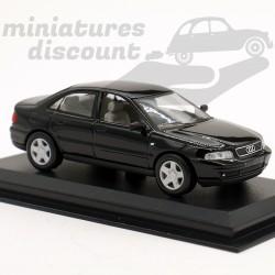 Audi A4 - 1/43ème sur socle