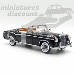 Mercedes 220SE de 1958 -...