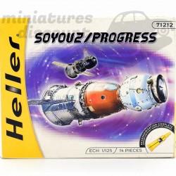 Vaisseaux Soyuz Progress -...