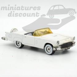 Ford Thunderbird...