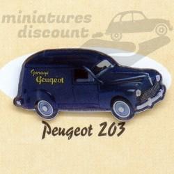 Pin's Peugeot 203