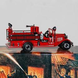 Camion de Pompier Ford AA Cab Fire Engine 1932 Matchbox - 1/43 en boite