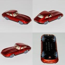 E Type Jaguar Lesney N°32