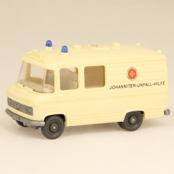 Mercedes Ambulance Wiking - 1/87 En boite