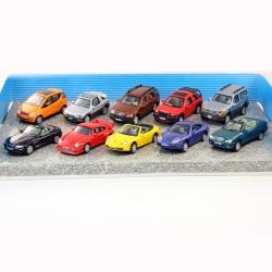 Porsche, BMW, Mercedes, Toyota... Ensemble de 12 Miniatures au 1/72ème