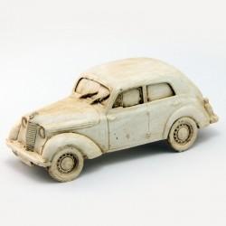 Renault Juvaquatre en Résine - 1/43