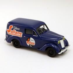 "Renault Juvaquatre "" Crème Sultane "" - Eligor - 1/43"