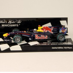 Red Bull Racing Renault RB6 - Minichamps - World Championn 2010 - 1/43ème En boite