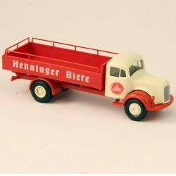 "Mercedes "" Henninger Biere "" - Brekina - 1/87 ème En boite"