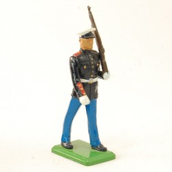 Soldat Parade avec Fusil - Britains 1986 - En plomb