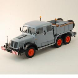 Tatra 141 - IXO - 1/43 ème En boite
