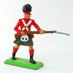 Soldat Ecossais sur la défensive - Britains - 5 cm